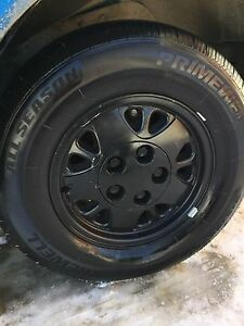 4 215/75/15 Tires on Rims New