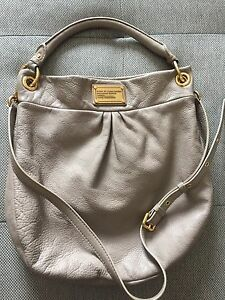 Marc Jacobs Hillier Hobo with Crossbody strap
