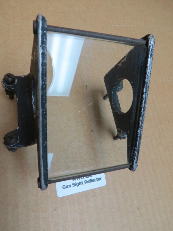 WWII era Original Warbird Aircraft Gun Sight Reflector Assembly 38A2197