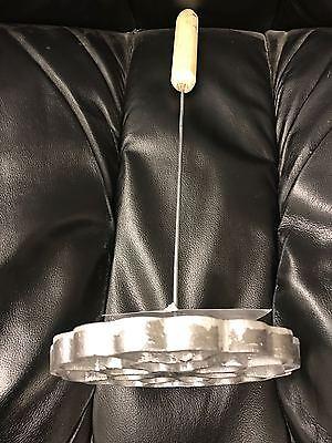 """Mexican Cast Aluminum Bunuelera W/Wood Handle mode para hacer bunuelos 5"""" Mexico"""