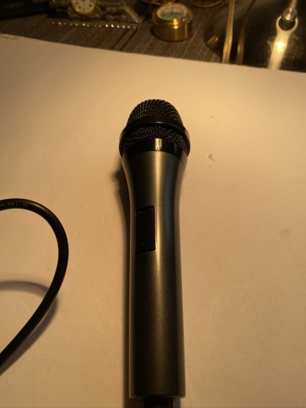 Microphone High Grade Low Noise with 8' cord and AC jack
