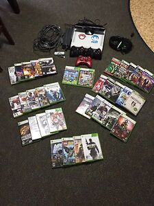 Xbox 360 500 GB console full set with 35 games.