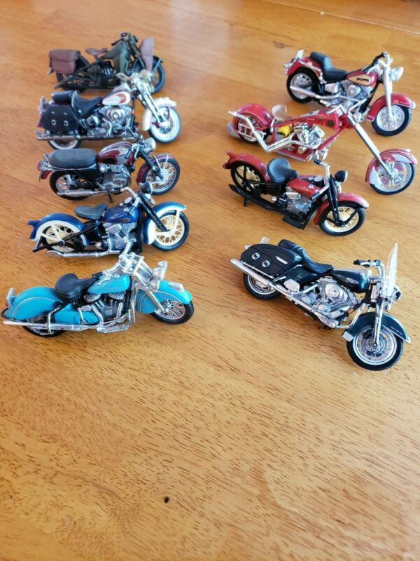 Maisto 1/18 Diecast Motorcycles