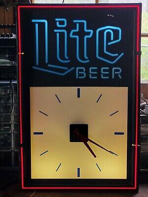 VINTAGE JULY 1991LITE BEER LIGHTED CLOCK WALL HANGING SIGN MILLER BREWING...