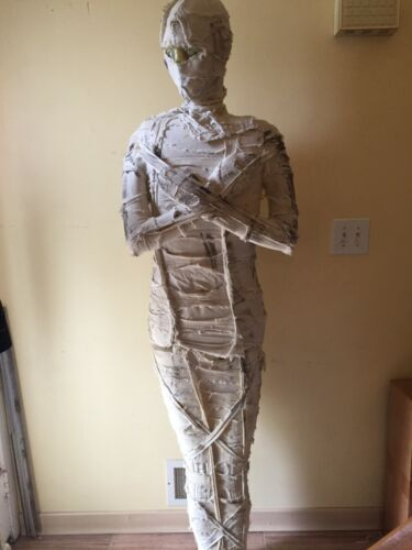 DEFECT GEMMY ANIMATED WRAPPED BANDAGES MALE MUMMY PROP
