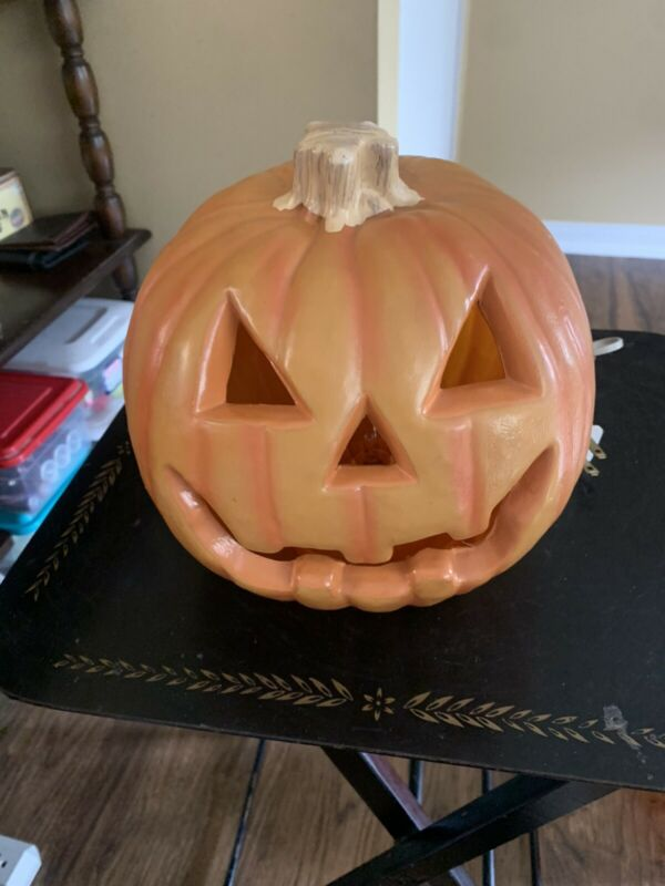 "Halloween Light Up Pumpkin Jack O Lantern Plastic 8"""