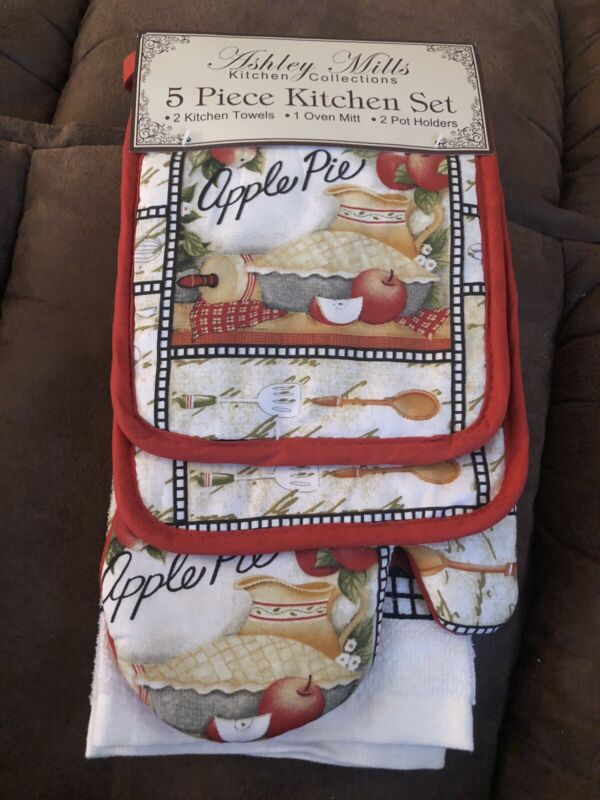 Ashley Mills 5 pc KITCHEN SET POT HOLDERS TOWELS & OVEN MITT APPLES PIE RED