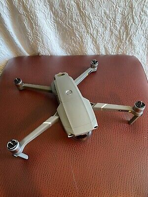 MINT! DJI Mavic 2 Zoom Drone w/ 1 Extra Battery, Filters. Less Than 4h Fly!