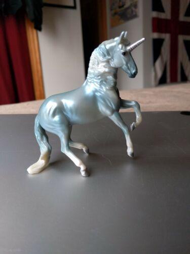 Breyer UNICORN Crazy Surprise Blue ALBOROZO Horse Blind Bag Light Variation