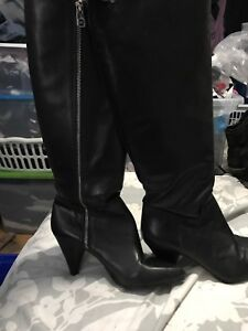 Women's Michael kors leather boots size 7