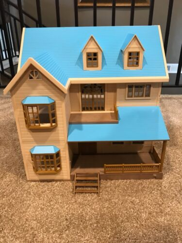 Calico Critters Sylvanian Families House on the Hill Oakwood manor BLUE ROOF HTF