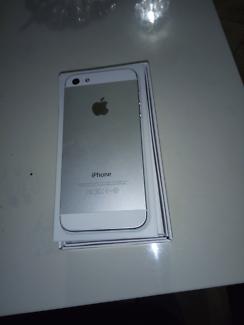 I Phone 5 S 64 GB unlocked