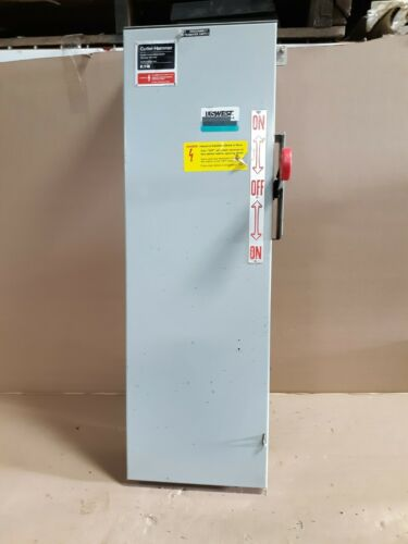 Cutler Hammer DT323FRK 100A 250V Double Throw 3-Pole Fused Type 3R S21c