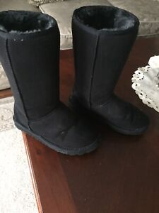 ladies as 5W UGG Black Boot