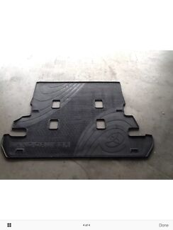 Toyota 200 series landcrusier rear mat
