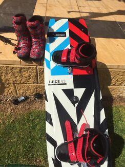 Wanted: Slingshot Shredtown wake/ kite boots