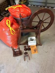 Ashford Spinning Wheel Florey Belconnen Area Preview