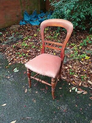 Vintage / Retro Pink Velour Bedroom Chair.