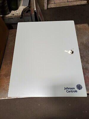 New Hoffman 24-10388-8 Electrical Enclosure 20 X 16 X 6 W Key Lock