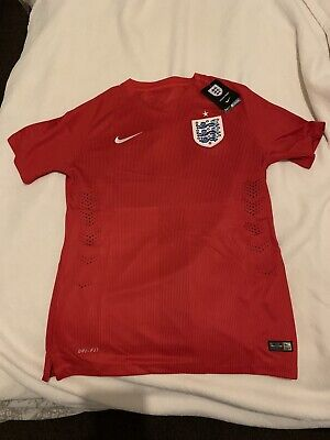 Nike England Football Men's 2014 World Cup Pro Away Shirt - Small - Red - New