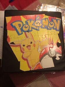 Cartable avec cartes Pokémon, environ 250 cartes Saint-Eustache