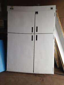 Reach- In Freezer Storage