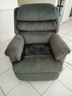 RECLINER CHAIR   POWERLIFT    900 EXC COND lazyboy recliner   Gumtree Australia Free Local Classifieds. Electric Chair Repairs Gold Coast. Home Design Ideas