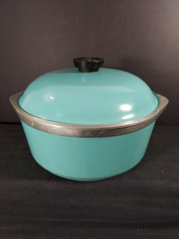 Vintage CLUB Turquoise Round Cast Aluminum 4 Quart Dutch Oven Roaster Pot w/Lid