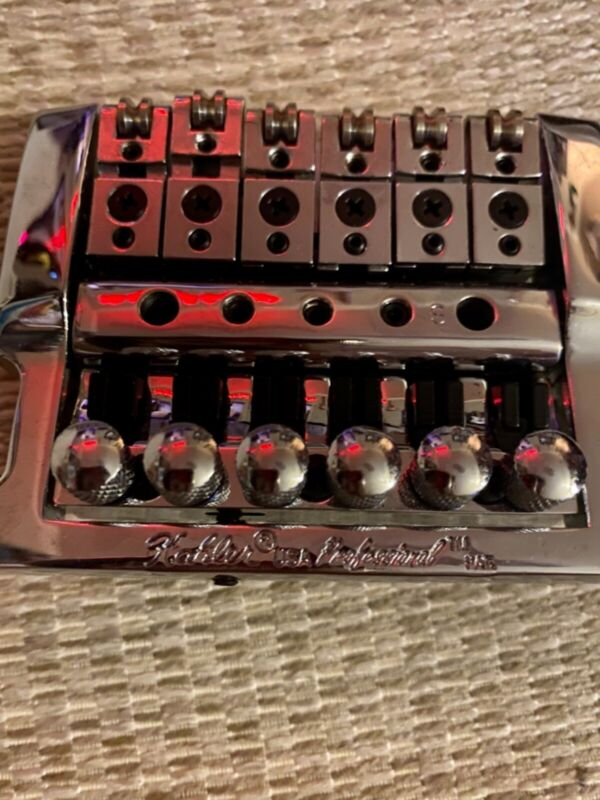 kahler tremolo and string lock