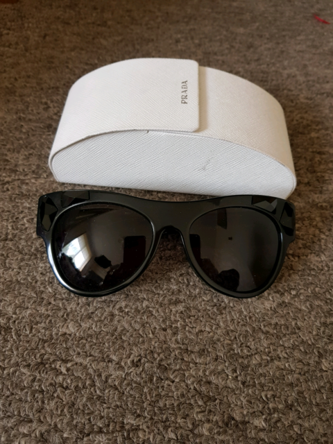 31b2cde591b Prada sunglasses