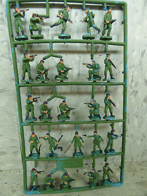 25 Pc 1/72 Esci / Airfix Compatible Painted French Foreign Legion Lot #1891K