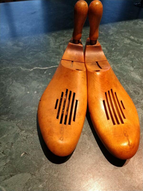 1907 Miller Shoe Stretcher