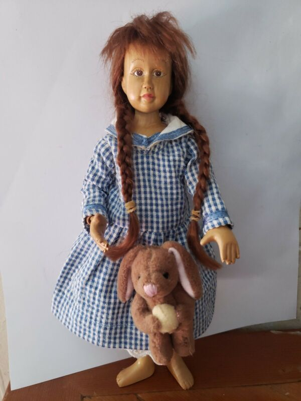 """Vintage Robert Raikes 8 1/2"""" Carved Wood Wooden Hitty Doll"""