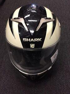 Shark moto cross helmet 5900 enigma RB 111947 Midland Swan Area Preview