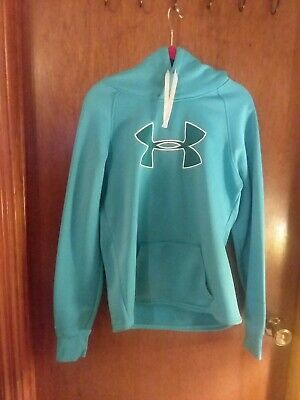 Under armour hoodie size medium.  US STORM1. TURQUOISE.  POCKET MID FRONT!
