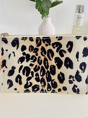 Kate Spade New York Pouch Leopard Print