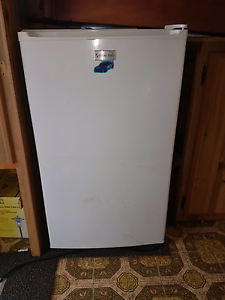 Bar fridge for sale Hassall Grove Blacktown Area Preview