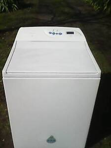 Can deliver and See Working 8kg Fisher Paykel washing machine Berwick Casey Area Preview