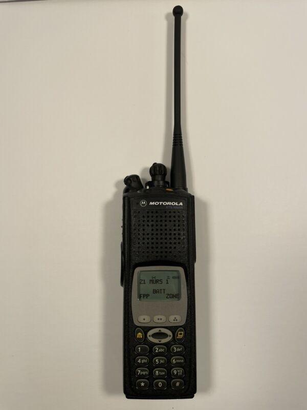 Motorola XTS5000 Model III M3 VHF 136-174 MHz H18KEH9PW7AN FPP w/ADP Encryption