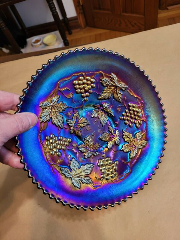 Wow Mega Electric Purple Signed Northwood Carnival Glass Grape & Cable Plate