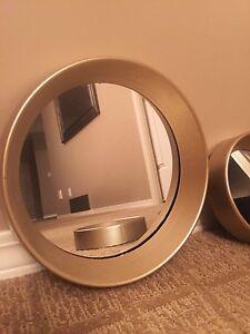 Set of circular decor mirrors