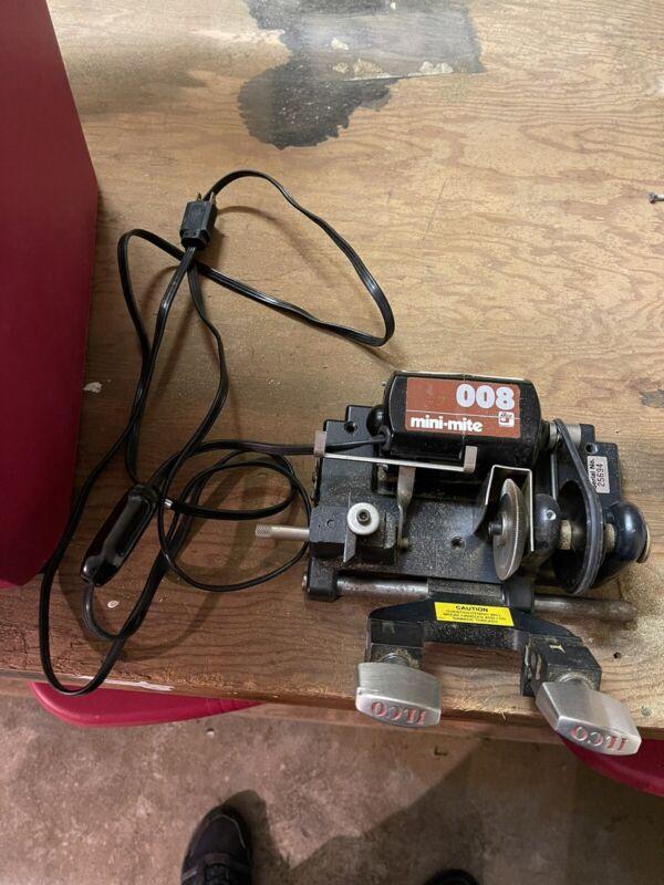 Mini-mite 008 Key Cutting Machine