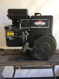 5 hp running Briggs and Stratton engine with clutch