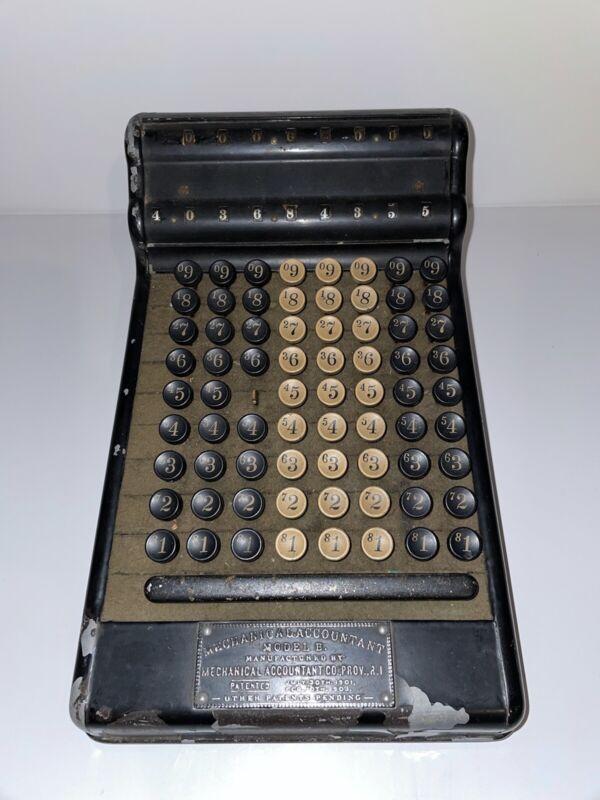Antique Mechanical Calculating Machine - 1901 To Mid 1920's (Antique Calculator)