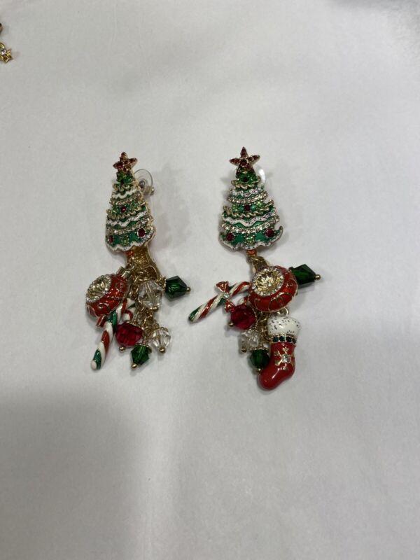 Ritzy Christmas Post Earrings