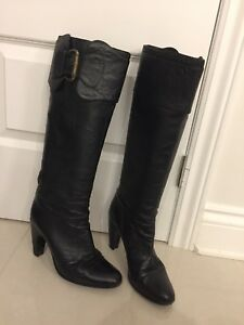 Black leather boots size 10. Made in italy