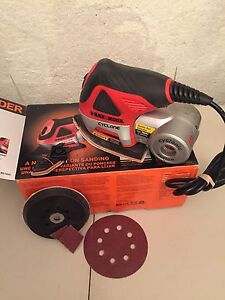 Black and Decker CYCLONE 4 in 1 SANDER