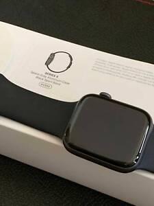 Immaculate Apple Watch Series 4 - 44mm Sport Black