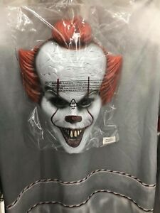Pennywise the clown men's medium Halloween costume