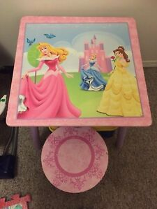 Princess table and stool